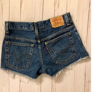 Levi's 550 relaxed fit cutoff denim shorts